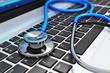 image d'un sthetoscope bleue sur clavier d'un médecin